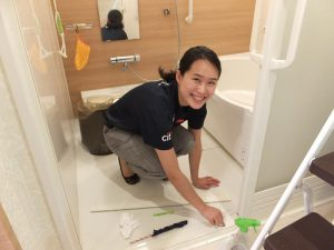 浴室の桟など細かい所の清掃